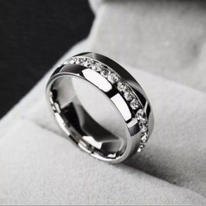 Silver Stainless Steel • Band Ring • Size: 9